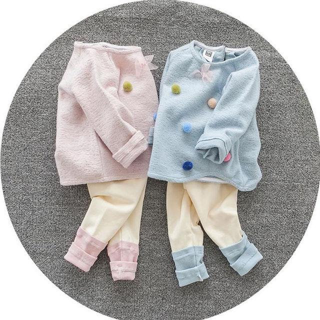 2017 Do Bebê Roupas de Menina Definir Manga Longa Top + Calça de Algodão Sólida bebê Conjunto Roupa Da Menina O-pescoço Meninas Infantil Conjunto de Roupas de Bebê nascido