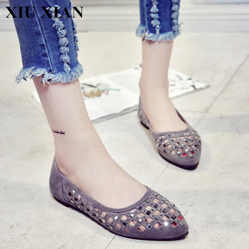 2017 Fashion Women Shoes Summer Korean Pointed Toe Flats Shoes Rivet Hollow Out Comfortable Ladies Flats Soft Slip on Loafers PU 2017 summer new fashion sexy lace ladies flats shoes womens pointed toe shallow flats shoes black slip on casual loafers t033109
