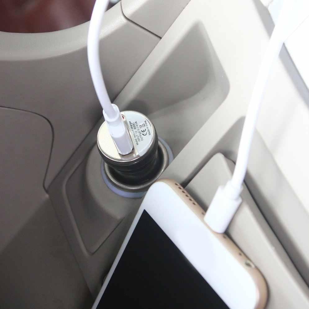 USB شاحن سيارة شحن محول الطاقة المدخلات 12-24 فولت تيار مستمر الناتج 5.0 فولت 1000mA لابل آي بود تاتش آيفون 4 3 جرام 4 جرام 4s