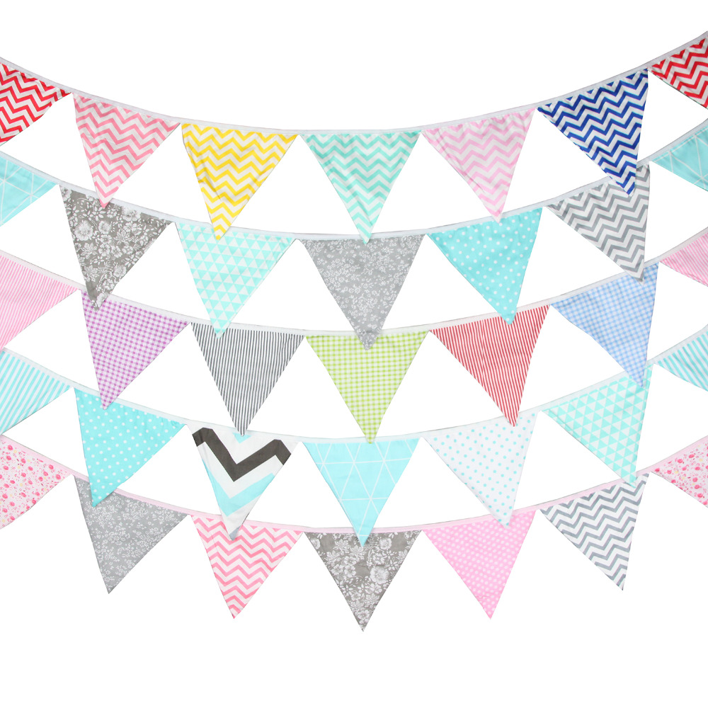 Bees Themed Fiesta Flags Pennant Banner 10 Feet Long 9 Mini Flags Made of Polyester Cloth Birthday Party Decorations Bunting For Boys Girls