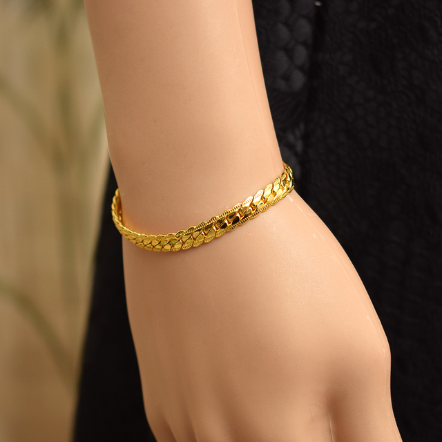 c8ac49c7266 2018 NEW Elegant Mens Plated Gold Chain Hand Chain Bracelets Gold Color Fashion  Jewelry Wholesale Wristband