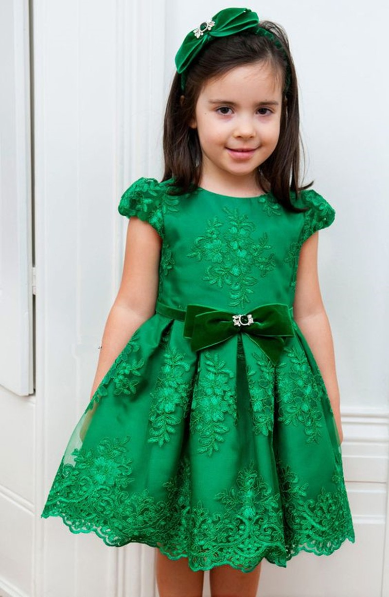 2017 New Arrival Green Short Ball Gown   Flower     Girl     Dresses   Short Sleeves For Wedding Party Kids Evening Gown Bow Appliques M1614