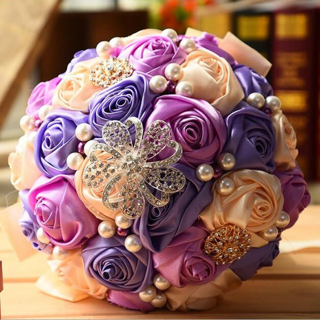Gorgeous Crystal Pearls Wedding Bouquet Hand Made European 4 styles Rose Flowers Colorful Buque De Noiva Bridal Hand Bouquets