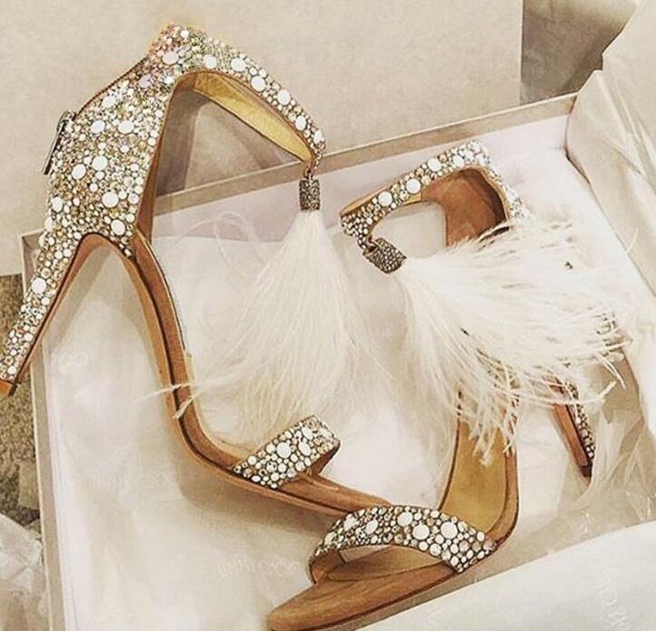 Elegant White Pearl Patchwork Women Open Toe Sandals Sexy White Feather Fringe Ladies Fashion High Heels Ankle Strap Dress Shoes