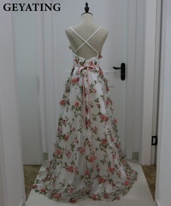 Image 3 - Deep V Neck 3D Floral Print Long Prom Dresses 2019 Blush Pink Flower Evening Dress Spaghetti Straps Criss Cross Back Party Gowns