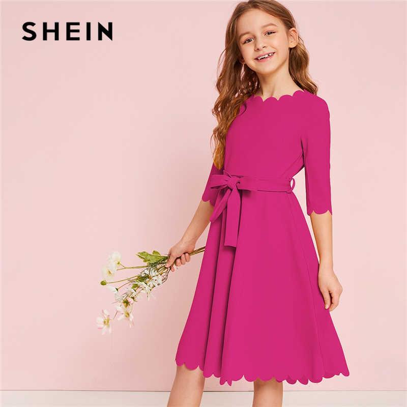 Shein kiddie sólida scalloped hem menina vestido de festa com cinto crianças 2019 verão cintura alta bonito uma linha joelho comprimento vestidos queimado