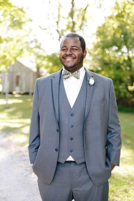 Elegant Light Grey Men Suit Gentlemen Style Wedding Tuxedos For Bridegroom Best Men Party Tuxedos 2017 (Jacket+Pants+Vest+Tie)