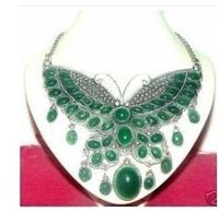 Tibet gümüş yeşil taş kelebek kolye kolye 5.27