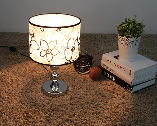 new simple and stylish lighting lamp / bedside lamp / Fabric bedroom lamp touch switch Black pattern Table Lamps FG566