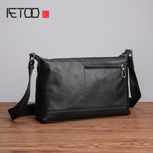 AETOO Men's leather shoulder bag, soft skin trend fashion casual horizontal bag, head layer cowhide oblique cross male bag