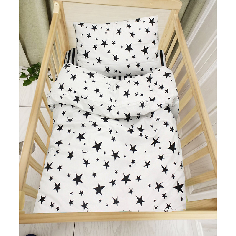 3pcs baby bedding set black star and stripe design 100% cotton kids bedding set customized for newborn girls and boys
