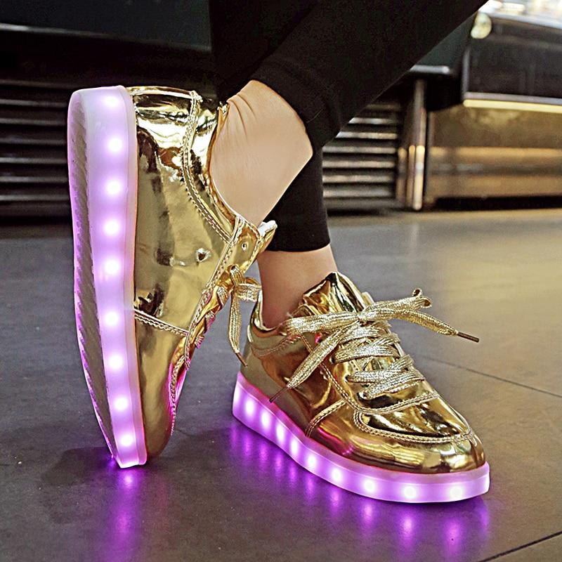 7 ipupas ZAPATOS Luminoso LED Emisores de Luz 2017 Zapatos de Los Amantes de Las