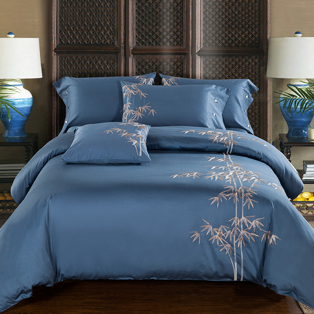 Elegant Luxury Embroidery Sheets 4pcs 100% Cotton Sateen Blue Color Bed Linen With  Bamboo Embroidered Bedding