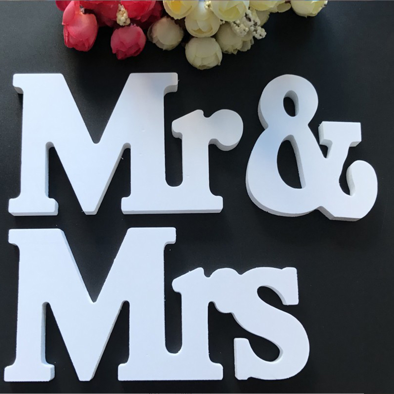 White PVC Mr and Mrs Signs Wedding Table Decoration Display Stand Figures Wedding Party Supplies Festive Holiday DIY Decorations