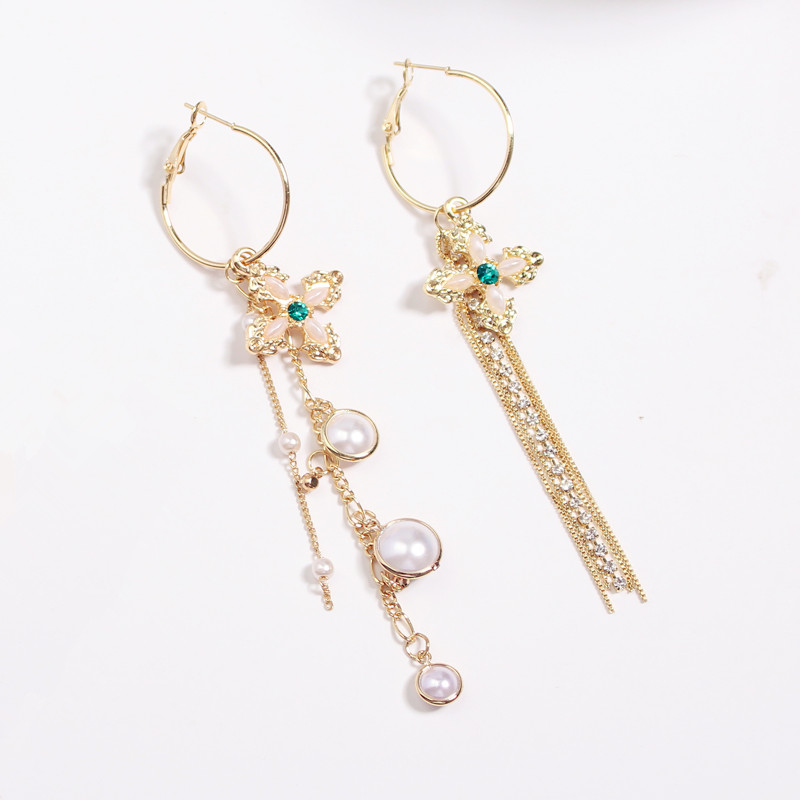 South Korea pearl metal delicate temperament female tide model Tassel ear ring cross earrings joker earrings wholesale