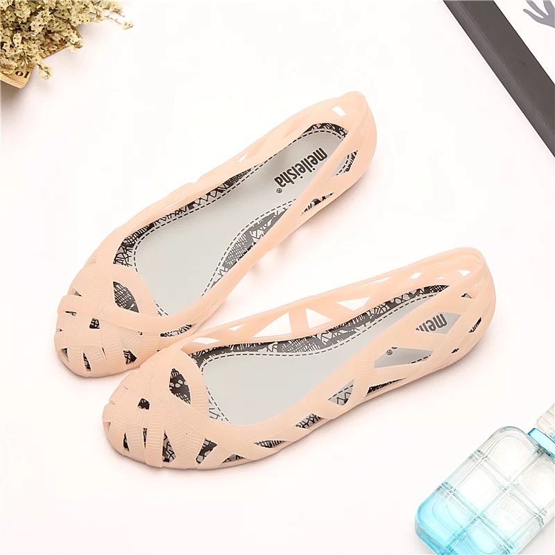 Mini Melissa Hollow Woman Jelly Sandals 2019 Summer Children Shoes Sandals Melissa Women Jelly Shoes Soft SandalsMini Melissa Hollow Woman Jelly Sandals 2019 Summer Children Shoes Sandals Melissa Women Jelly Shoes Soft Sandals