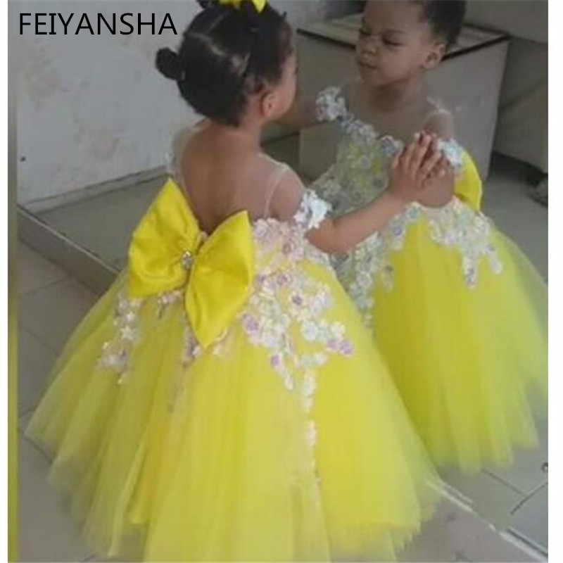 New Flower Girls Dresses Yellow Scoop Sleeveless Lace Flowers Ball Gown Birthday Party Little Sweet Girls Special Pageant Gowns