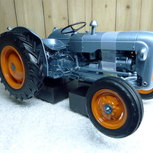 Специальное предложение fine 1:16 5315 Ретро сельскохозяйственный трактор модель автомобиля Сборная модель из сплава