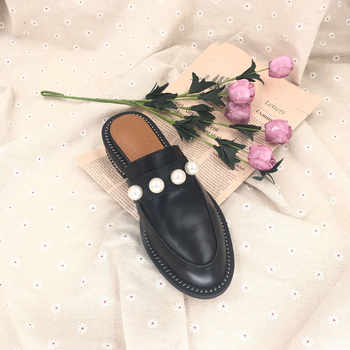 2019 New Fashion Women Slippers Pearls Flat Heel Genuine Leather Mules Sandals Women Summer Shoes Top Quality Soft Slippers