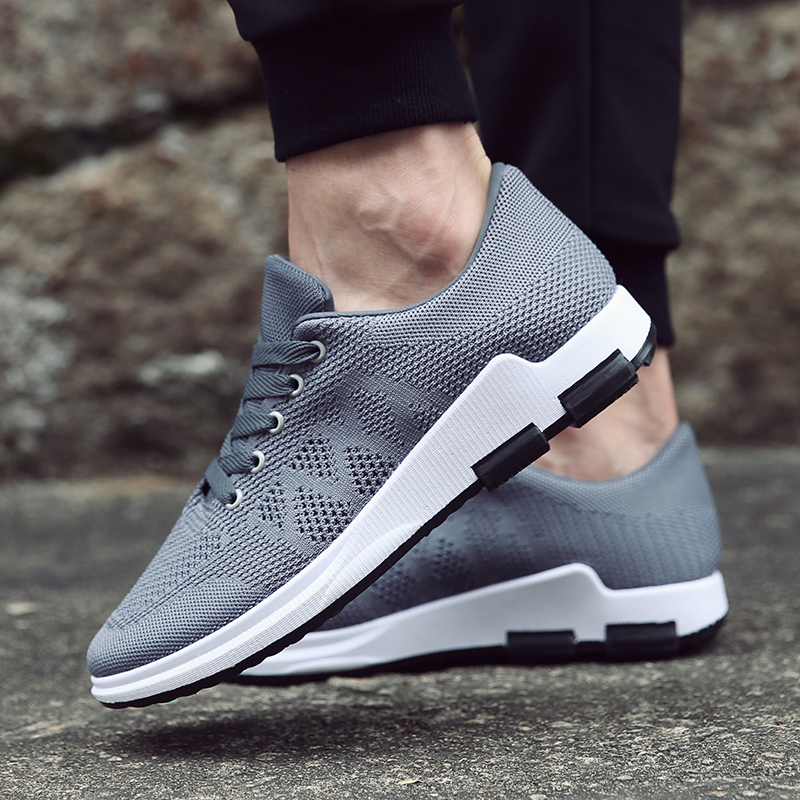 Summer new mens sports tourism outdoor mesh breathable sports air hole flying woven tide mens shoes