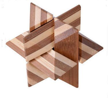 Desk Novelty Bamboo Wood Star Puzzle Burr Brain Teaser Game for Adults Children
