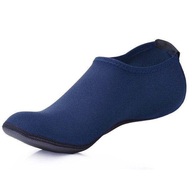 b47d0ee0066b1 MWSC été nouveaux hommes chaussures d eau Aqua pantoufles pour plage sans  lacet parc aquatique