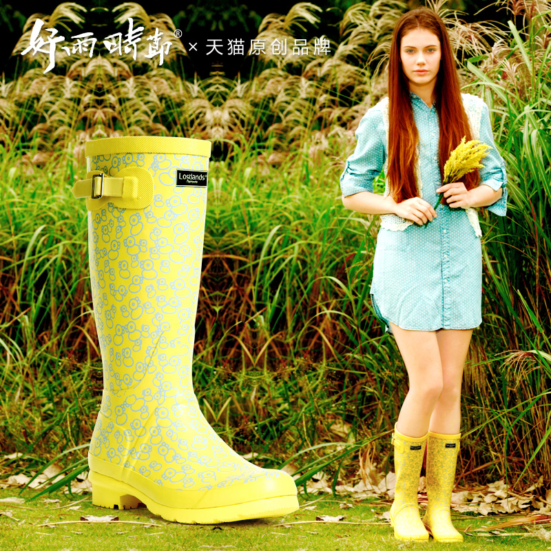 ФОТО Good rain season women 's rain boots Gaotong rubber duck shoes high to help Europe and the United States women' s rubber boots