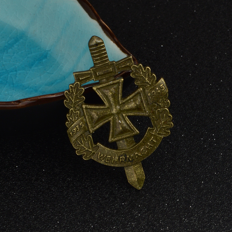 WWII WW2 Pin and Brooch Bronze Ancient German Army Military Wehrmacht Pin Badge Hat Bag Clothes Lapel pin Men's jewelry 6