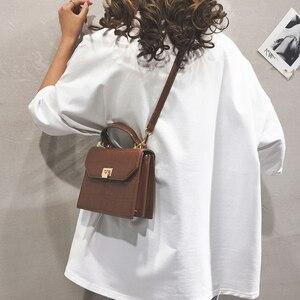 Image 3 - [BXX] bandolera de un solo hombro para mujer, solapa que combina con todo, bolso de mano de grano de piedra a la moda para mujer, bolso de cuero de PU para fiesta HF169 2020
