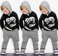 Осень Мальчиков Дети мальчик С Длинным Рукавом Футболка Толстовка Верхней Одежды Брюки Милые Дети Теплый Наряд Наборы