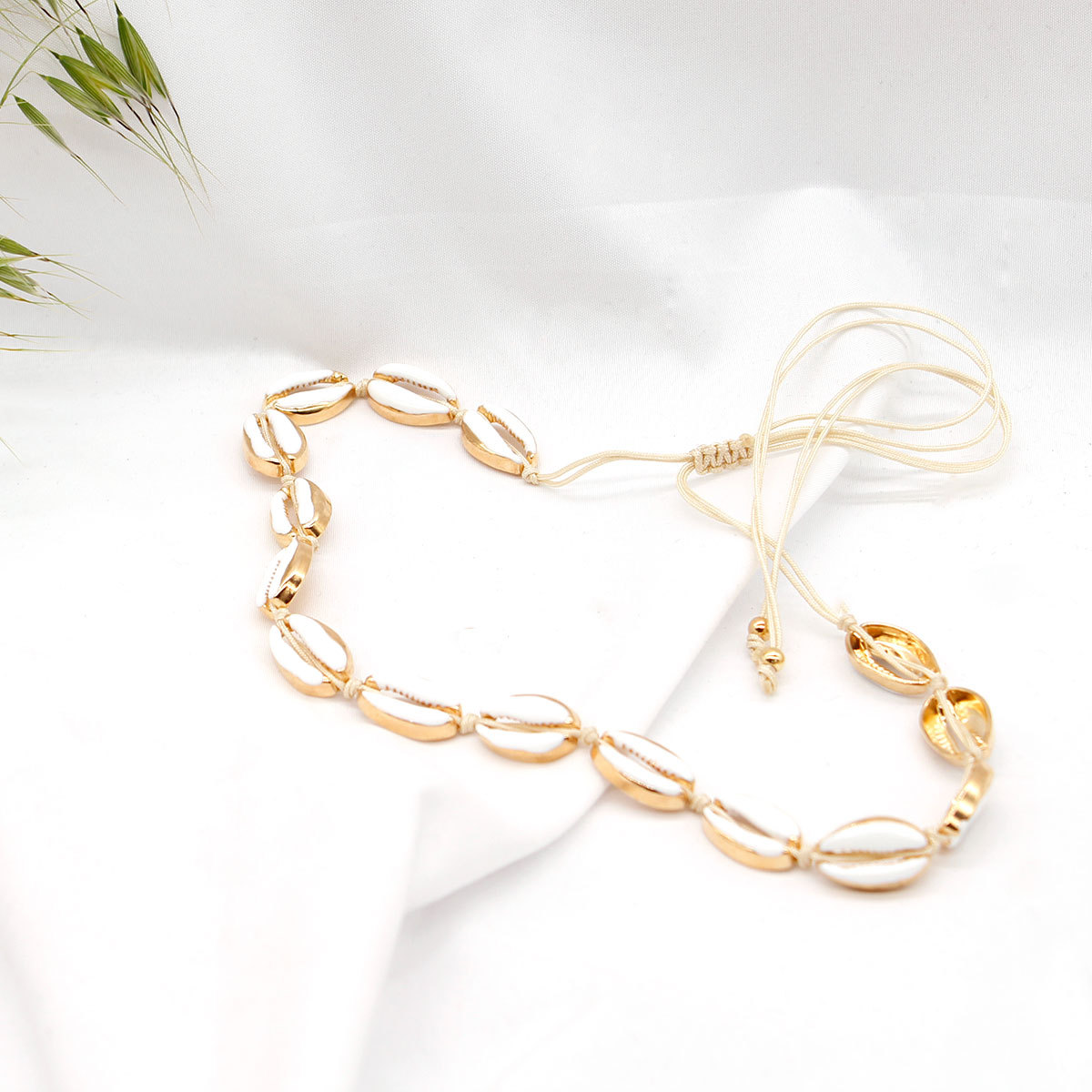 New Fashion Natural Shell Gold Metal Chain Necklace Bracelet Rope Chain Exquisite Bohemian Jewelry Sets in Jewelry Sets from Jewelry Accessories