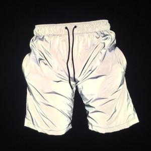 Image 1 - 남성 캐주얼 전체 반사 힙합 반바지 나이트 클럽 댄스 짧은 바지 sportwear 남자 패션 반짝 이는 반바지 버뮤다 masculino 3xl