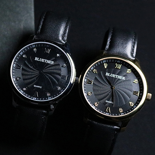 Remote Control Infinity Watch V2 By Bluether Magic Silver Or Gold Color,Magic Tricks Mentalism Close Up Street Magic Props Fun