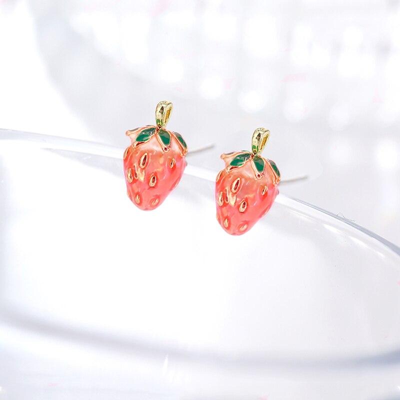 New 6 Style Pink Red Strawberry Earrings Elegant Women Girl Fruit Stud Earrings Fashion Enamel Jewelry Drop shipping