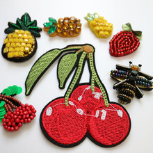 1pc 3D Handmade beaded bee Patches for clothing DIY sew on sequin rhinestone parches Beaded applique bordados para
