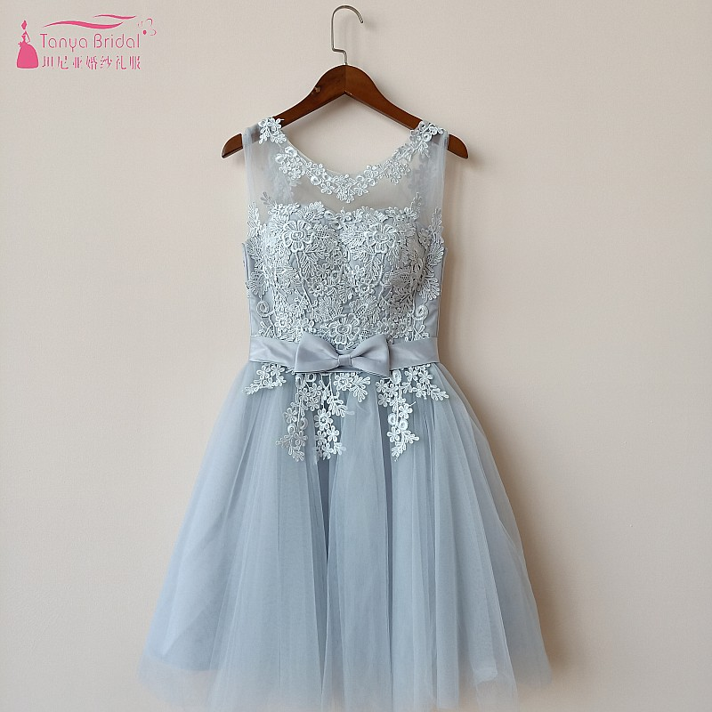 A Line Lace Short   Prom     Dresses   2018 Silvery Grey Tulle vestidos de fiesta Fashion Illusion Neckline Homecoming Gowns robe DQG01
