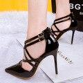 Женщины средний красный золотой сексуальные насосы каблуки леди обувь мода черный острым носом тонкие высокие женские серебристые Свадебные Сандалии пятки обуви