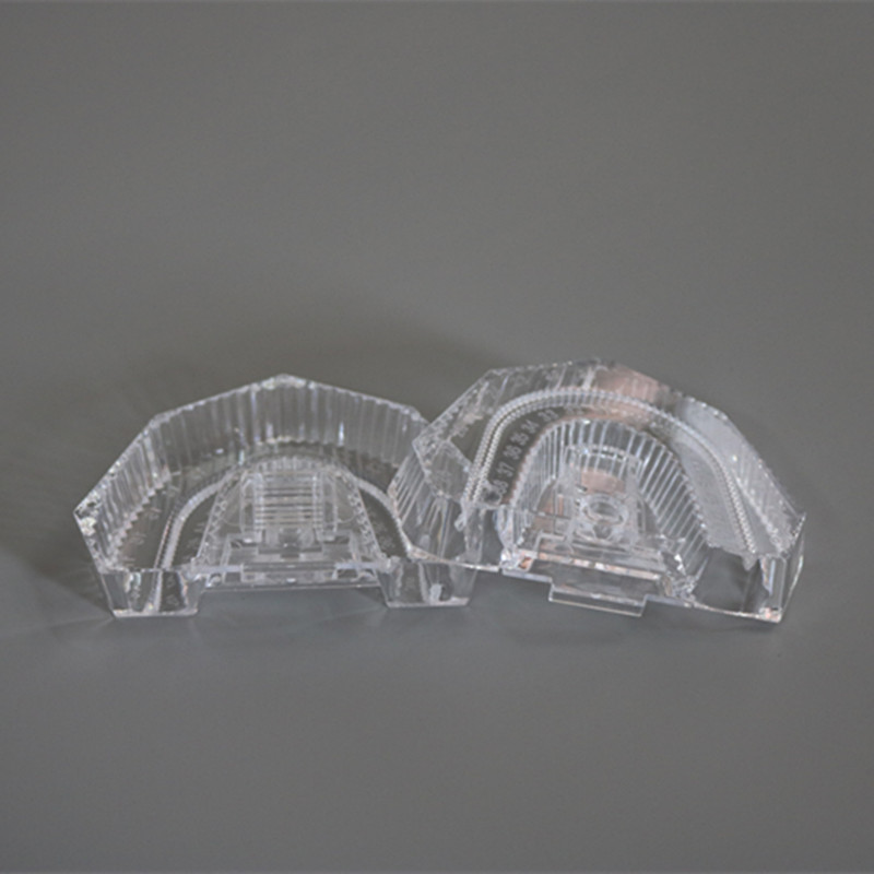100 Pcs/ lot Disposable Plastic Dental Mold Base Denture Tray Dental Lab Sectioned Base Kit Transparent Clear