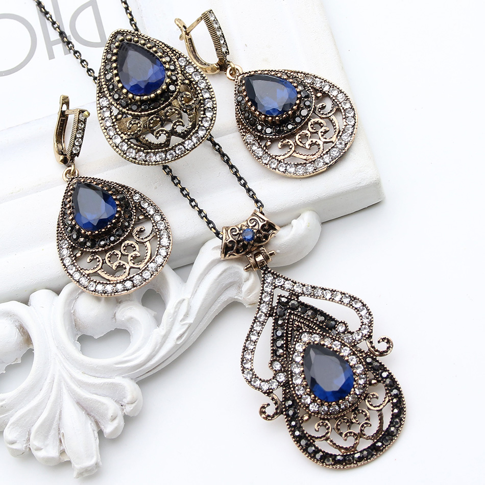 Vintage Turkey Resin Jewelry Sets Women Hollow Drop Earring Flower Pendant Palm Leaf Pattern Ring Antique Gold Royal Bijoux Gift