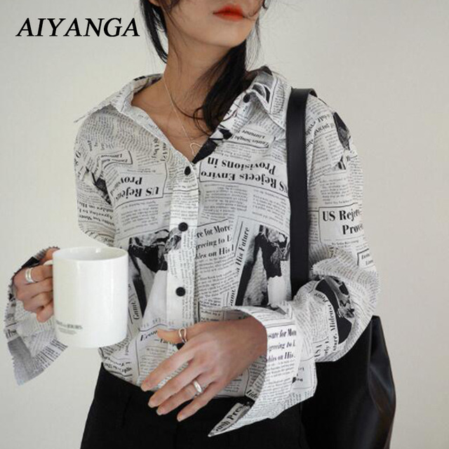 d5c9eedd27 2019 Do Sexo Feminino Novo Jornal Personalidade Camisa Moda Blusa Para As  Mulheres de Médio Longo Ocasional Solto Carta Impressão Manga Longa Blusas