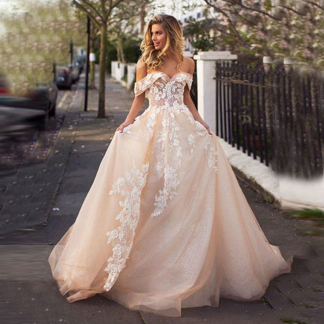 Sweetheart Champagne Wedding Dress Vestido De Noiva Robe De Mariee Off the Shoulder with Lace Appliques Bridal Gown