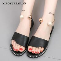 2018 Summer New Flat Pearl Buckle All match Word Sandals Fashion Student Toe Casual Shoes Tide