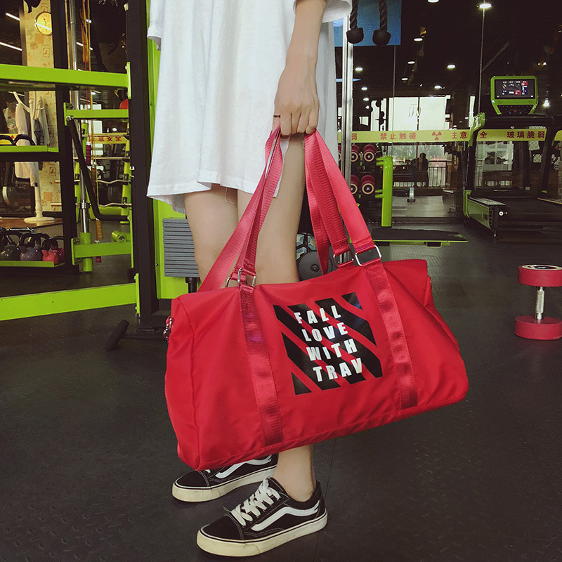 1b9e04d5b1ac Waterproof Men gym bag Women Fitness Travel Handbag Outdoor gymtas sports  bag male women s bags sport-in Gym Bags from Sports   Entertainment on ...