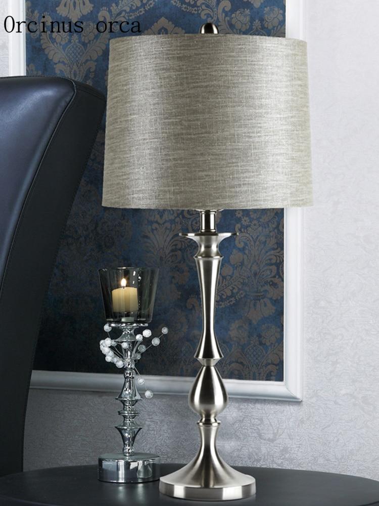 Nordic Postmodern Simple Silver Table Lamp Living Room Bedside Lamp American Creative Individual LED Table Lamp