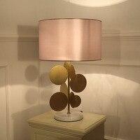 Современная роскошь легкие дизайнерские Медь настольная лампа Гостиная Спальня прикроватные ткань абажур домашнего освещения Fixtrues Мрамор