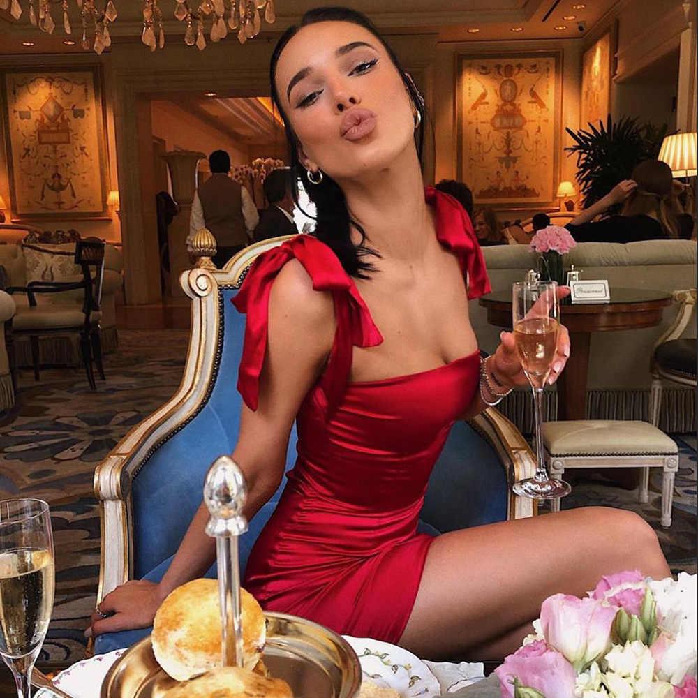 WannaThis без рукавов светоотражающее шелковое летнее платье с вырезом лодочкой и открытой спиной, тонкий бант, шнуровка, ремень, Красные сексуальные атласные вечерние платья-миниплатья