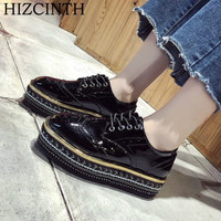 759f999c3a1 HIZCINTH 2018 Spring Platform Shoes Woman Sequins Patent Leather Lace-up Flats  Shoes College Wind