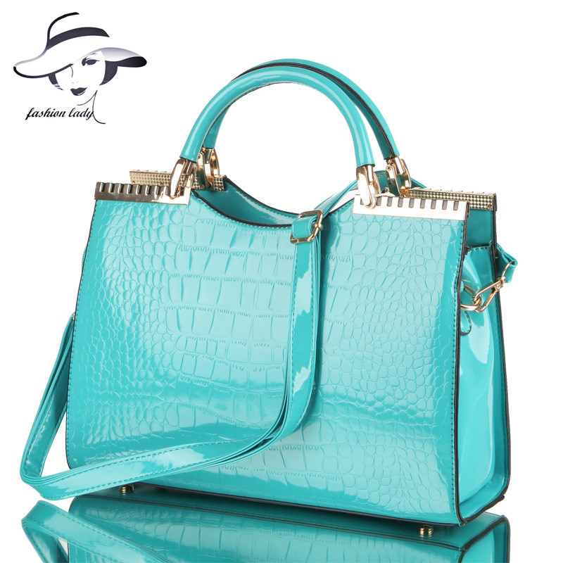 2017 fashion spring and summer crocodile pattern japanned leather patent leather handbag one shoulder cross-body bag for women patent leather handbag shoulder bag for women