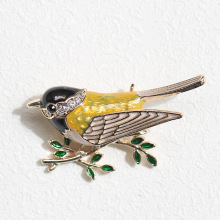 UALGL Fashion Enamel Jewelry Crystal Brooch Lovely Sparrow Lapel Pins Animal Brooches For Women Clothing Sweater Accessories