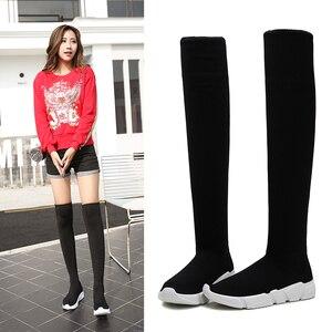 Image 1 - New designer mulheres botas altas da coxa magro longo botas mujer outono inverno sobre o joelho botas meia mulheres cunhas bota feminina y702